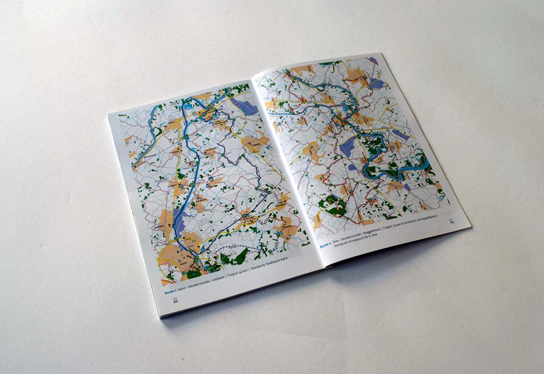 Toerisme Scheldeland - grafisch ontwerp lay-out - vormgeving opmaak brochures door Bert Vanden Berghe (voor Graffito nv)